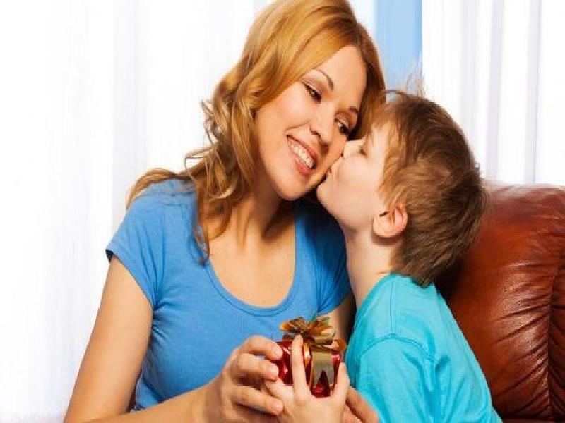 Cara Atasi Sikap Materialisme Pada Diri Anak