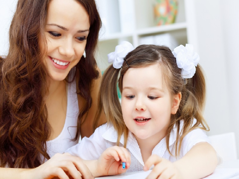 Cara Membesarkan Anak Dalam Dua Bahasa