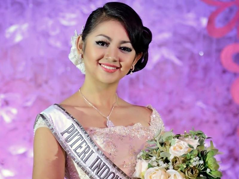 Gaya Make Up Puteri Indonesia.2
