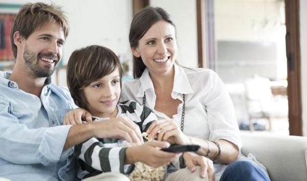 Mendidik anak dengan Pay Tv
