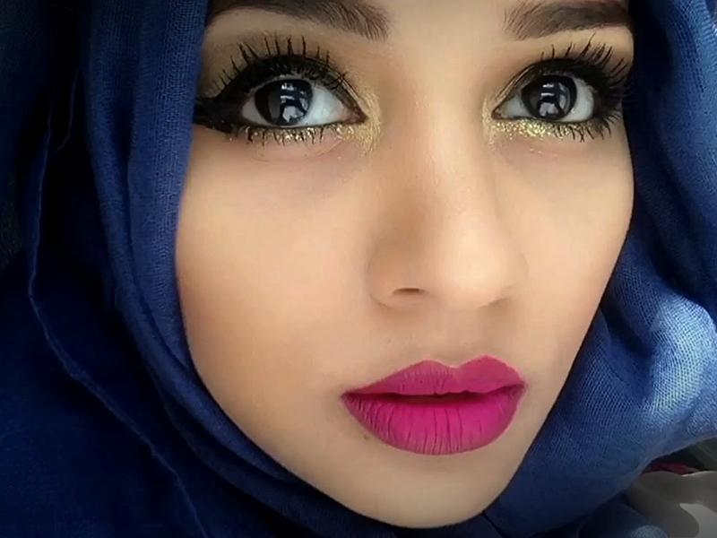 Merawat Bibir Sebelum Ikut Audisi.2