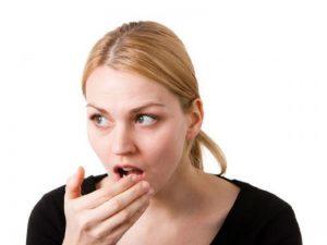 Tips Paling Ampuh Mengatasi Problem Bau Pada Mulut