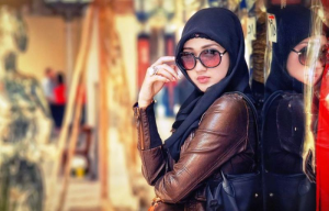Cara Wanita Memilih Baju Yang Benar Untuk Fashion Anda