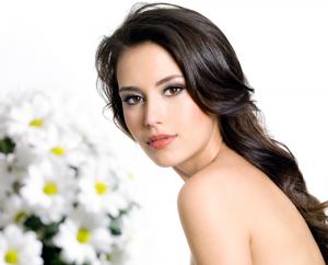 Serba-Serbi Masalah Ketertarikan Kecantikan Seorang Wanita