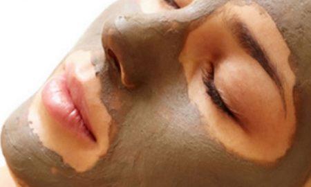 Perawatan Wajah Alami Menggunakan Masker Lumpur