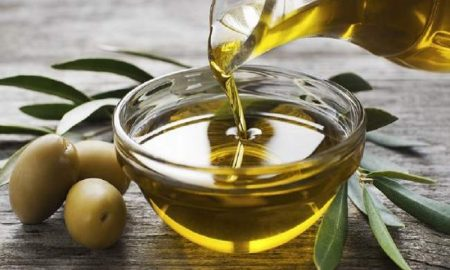 Manfaat Minyak Zaitun Untuk Perawatan Wajah Alami.1