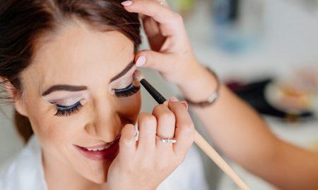 Trik Make Up Dan Perawatan Wajah Terbaik Sepanjang Tahun