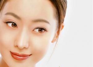 Cara Kerja Dari Cream Pemutih Wajah Yang Kita Gunakan