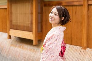 Perawatan Wajah Alami Ala Wanita Jepang