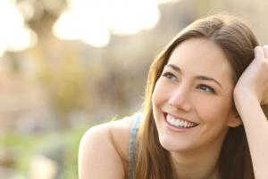 Perawatan Wajah Terbaik Untuk Mengatasi Tanda Penuaan Dini