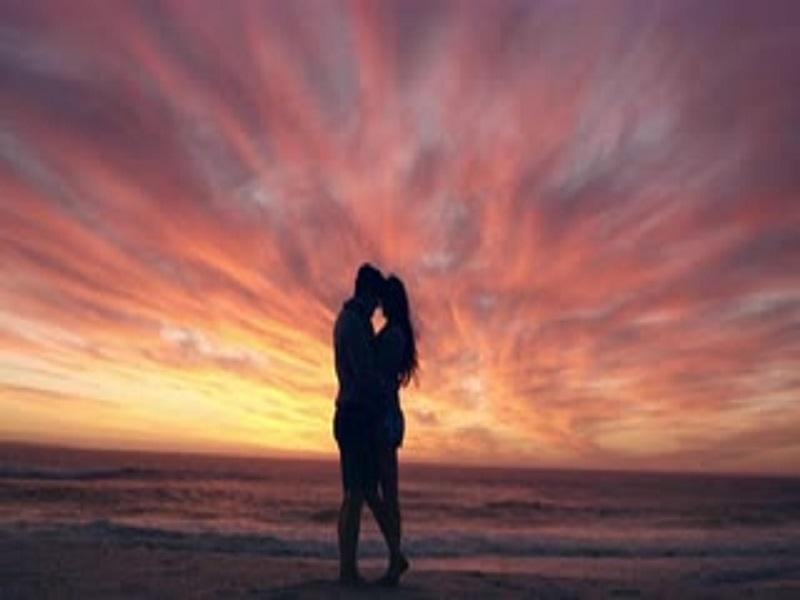 5 Pilihan Yang Bisa Membuat Kamu Tetap Merasakan Tahap Pertama Jatuh Cinta Sepanjang Hidup