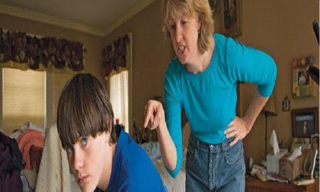 """6 Hal Yang Tidak Kamu Ketahui Yang Benar-Benar Terjadi Pada Seorang """"Anak Mama"""" Laki-Laki, Jika Ibunya Meninggal"""