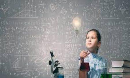 7 Tanda- Tanda Yang Harus Orang Tua Ketahui Kalau Sang Buah Hati Genius