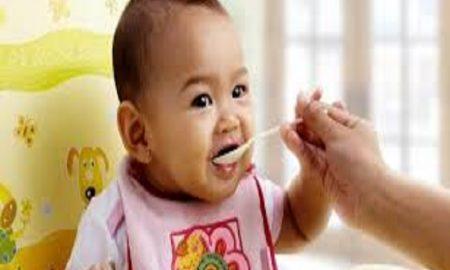Panduan Memilih Cemilan yang Sehat Untuk Bayi