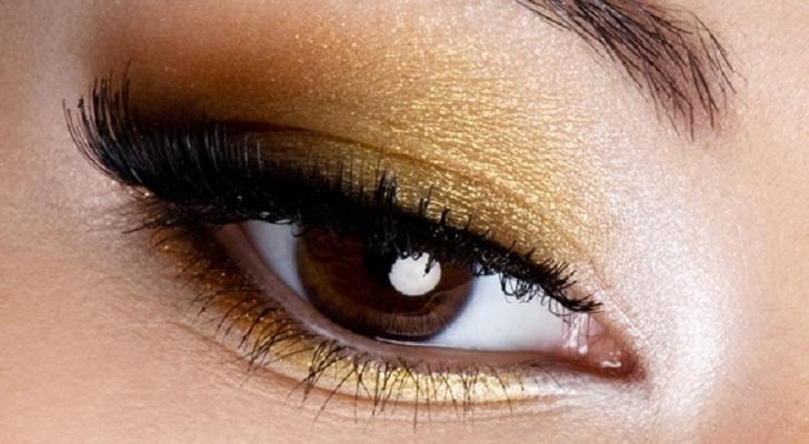 percantik-wajah-anda-dengan-tren-warna-eye-shadow-2016-ini