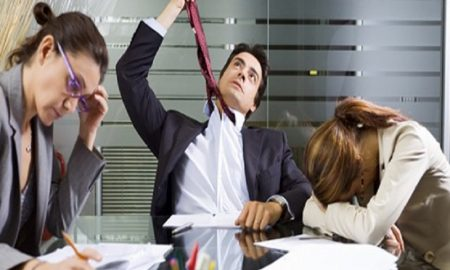 Tips Untuk Membuat Arah Baru Karir Anda Ketika Anda Tidak Menyukai Pekerjaan Yang Sekarang