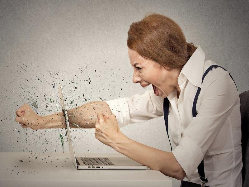 Tanda-Tanda Ketika Anda Mulai Merusak Diri Anda Di Tempat Kerja