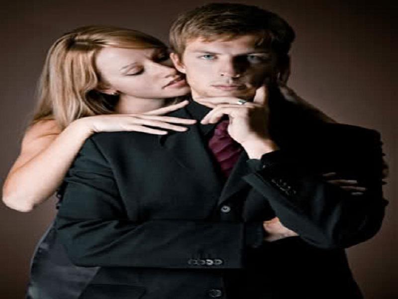 Dibalik Pria Sukses, Ada Wanita Yang Selalu Mendampinginya. Ini Tips Untuk Anda, Ladies!