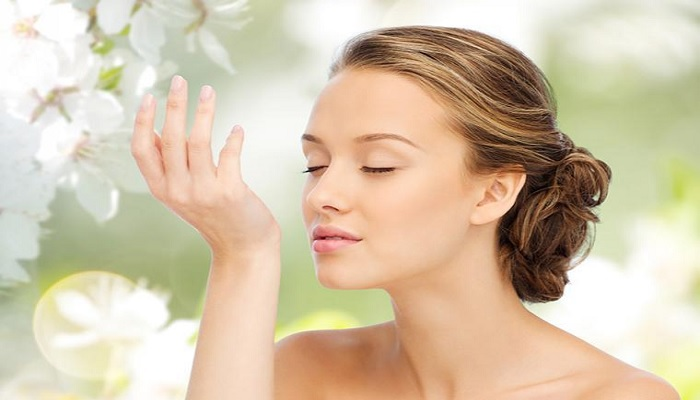 7-tips-merawat-tubuh-tetap-wangi-tanpa-tambahan-parfum
