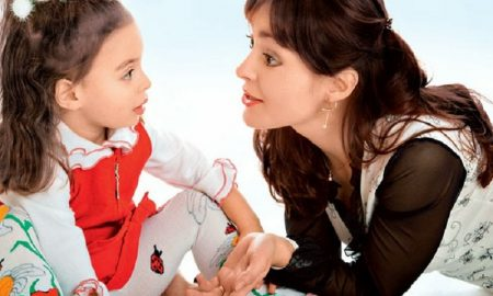 Bagaimana Cara Agar Orang Tua Bisa Didengar Oleh Anak-Anak Berikut Jawabannya