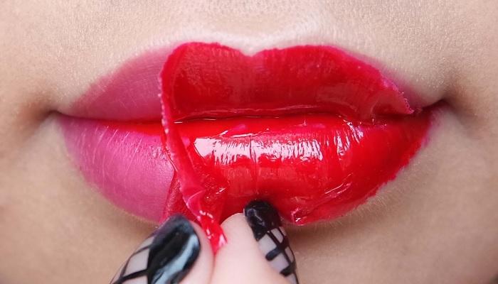 hal-yang-wajib-dihindari-wanita-saat-memakai-lip-tatto
