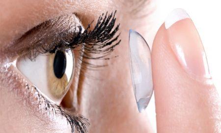 Kesalahan Yang Sering Dilakukan Dalam Pemakaian Kontak Lens Yang Akan Membahayakan Mata