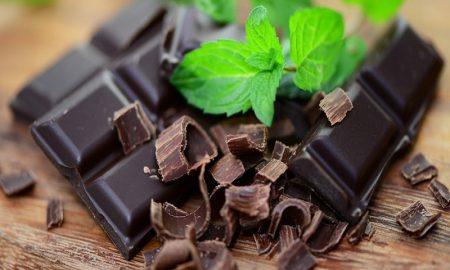 Manfaat Coklat Hitam untuk Kesehatan dan Tubuh
