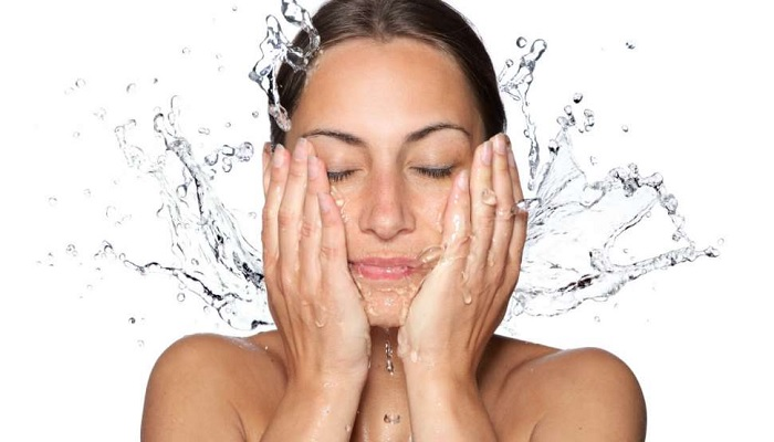 mengejutkan-inilah-manfaat-mencuci-wajah-tanpa-sabun-yang-tak-disadari-wanita