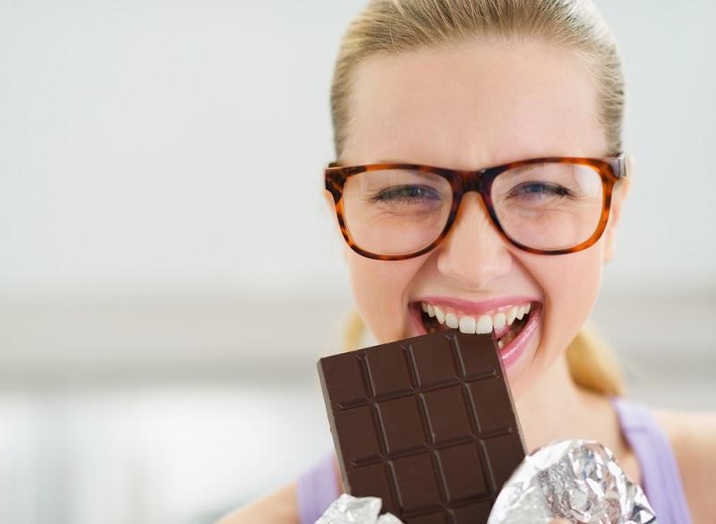 Cara Sehat Makan Coklat