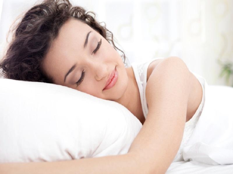 Efek Tidur Cukup untuk Kecantikan Alami