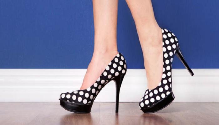 kiat-aman-gunakan-high-heelss