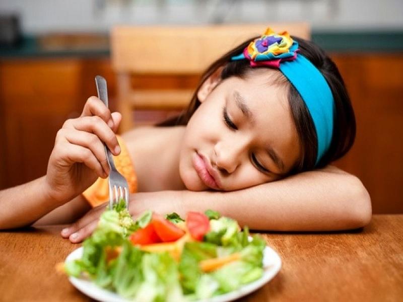 Mengapa Anak Cenderung Memilih-Milih Makanan