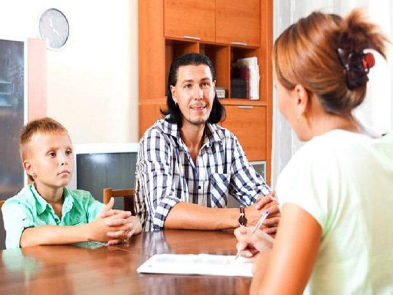 Tips Parenting : 6 Pertanyaan Penting Ditanyakan Saat Pertemuan Orang tua-Guru