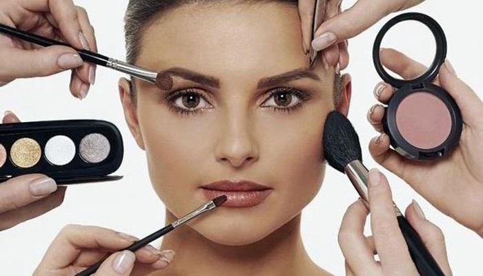 trik-make-up-artis-untuk-wajah-anda