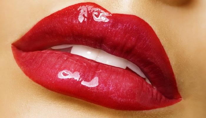 tips-ciptakan-kesan-bibir-sensual
