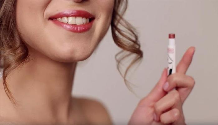 Alat-Make-Up-Untuk-Kecantikan-Bibir