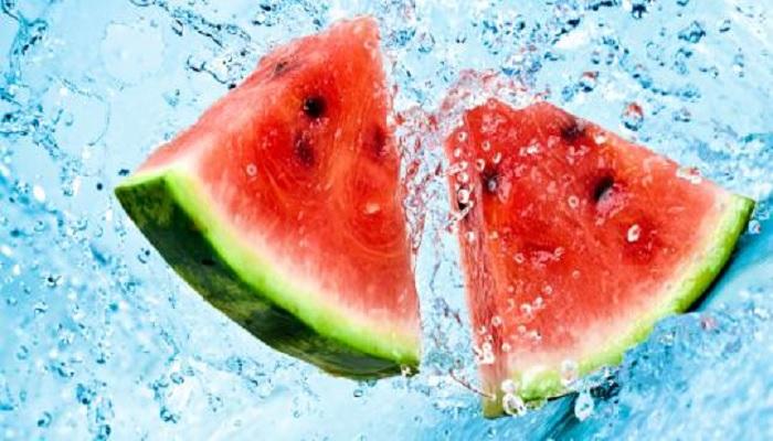 Makanan yang Mengandung Air Tinggi untuk MencegahDehidrasi