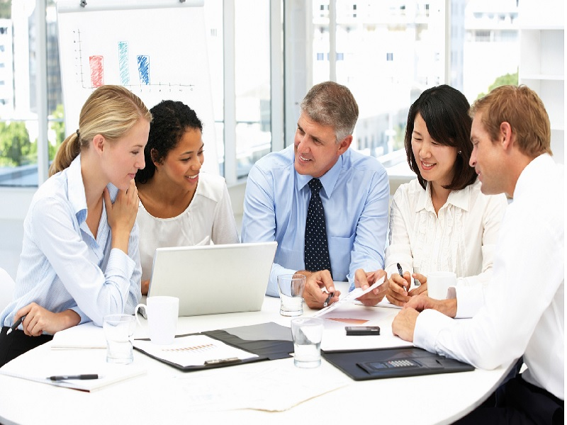 Tips Jadi Karyawan Yang Menyenangkan