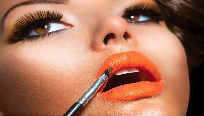 Tips Make Up Lipstik Orange