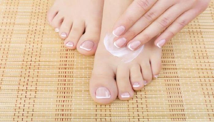 tips-memakai-foot-cream-yang-tepat