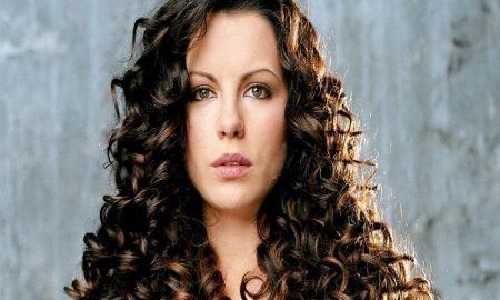 Tips Merawat Rambut Keriting