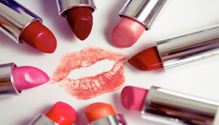 Warna-Lipstik-Yang-Dihindari-Di-2017