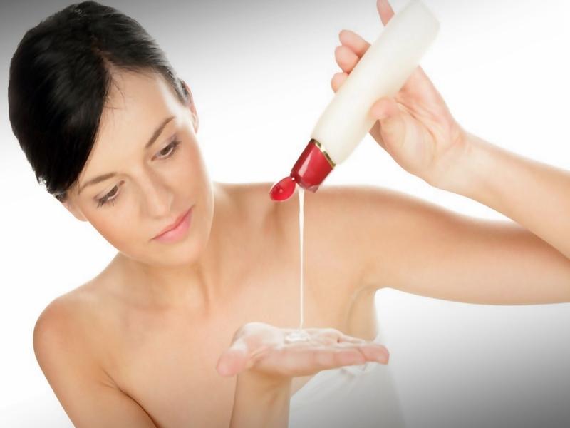 Alasan Wanita Perlu Hair Conditioner