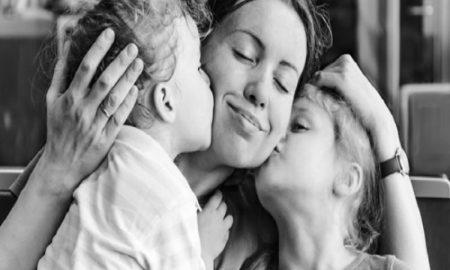 Cara-Cara Manis untuk Mengucapkan Terima Kasih Pada Ayah dan Bunda