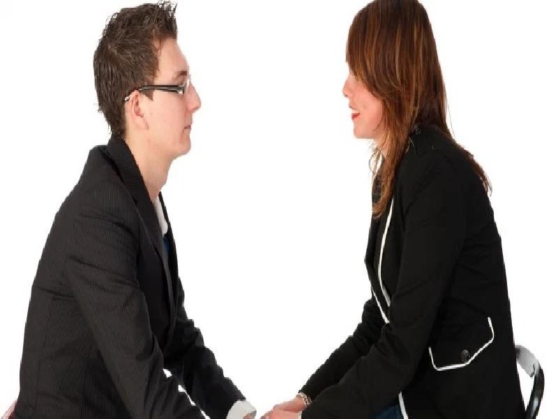 Cara Menjadi Pendengar Bagi Pasangan
