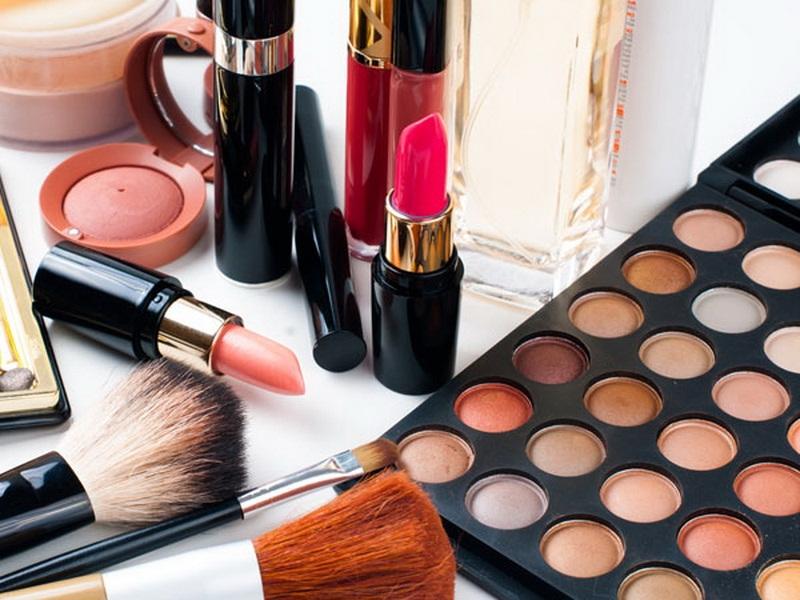 Kandungan Berbahaya Kosmetik Wajah