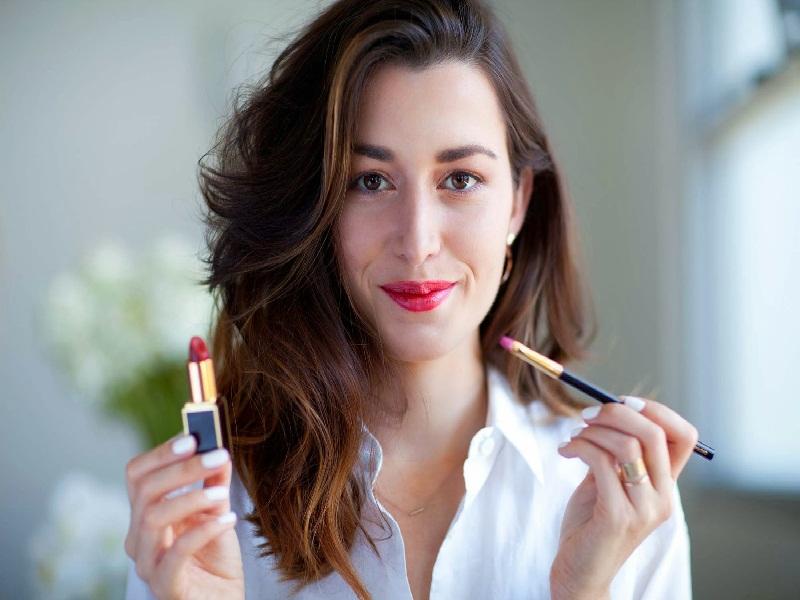 Memadukan Lipstik Matte Dan Glossy