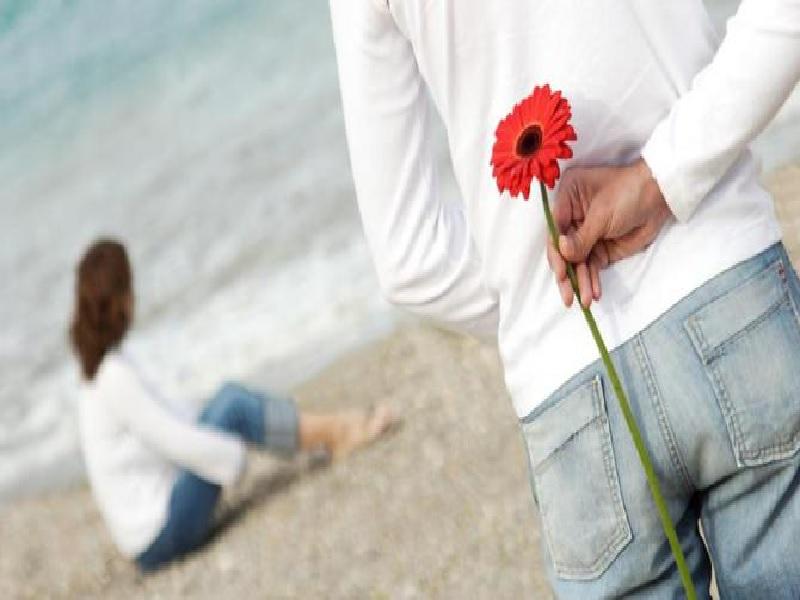 Menjadi Pria Romantis Bagi Pasangan