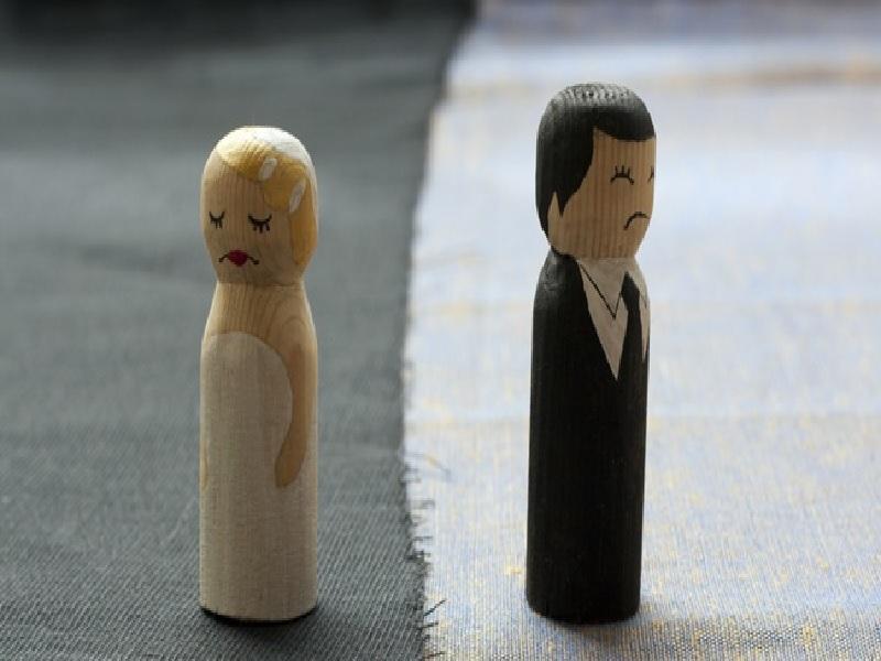 Penyebab Suami Istri Bercerai