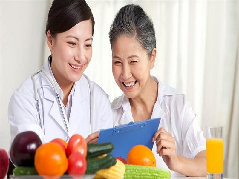 Tips Menangani Masakan untuk Makanan Orang Lanjut Usia